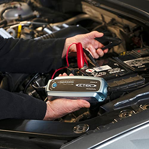 CTEK LITHIUM XS, Batterieladegerät 12V, Ladegerät LiFePO4, Lithium Ionen Ladegerät Auto, Intelligentes Ladegerät Autobatterie, Erhaltungsladegerät, Batteriepfleger Mit UVP Und Connect And Forget